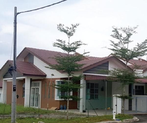 retech-house-rent-desaru-utama
