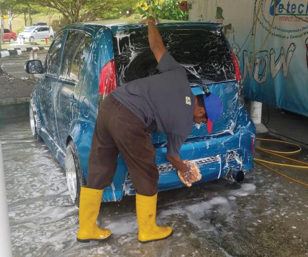 retech-car-wash-polish5