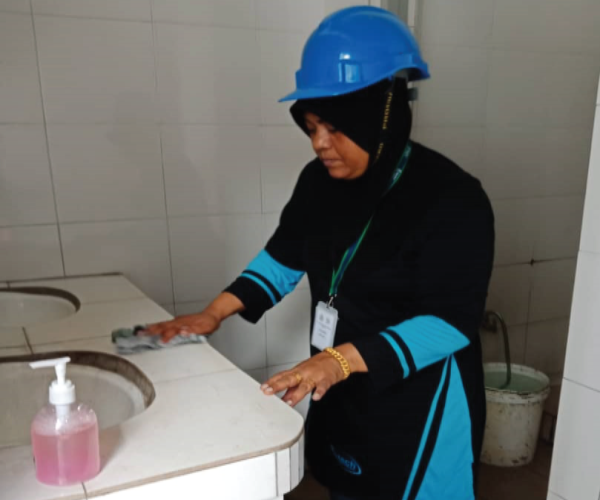 retech-environment-cleaning2